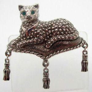 vintage silver green crystal eyes cat brooch pin